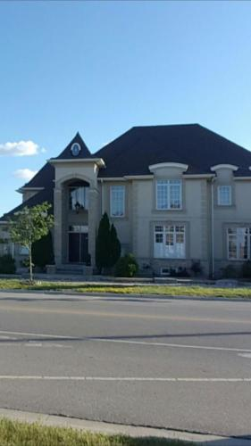 Roof Replacement Mississauga